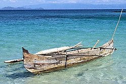 Caraïbes pirogue traditionnelle