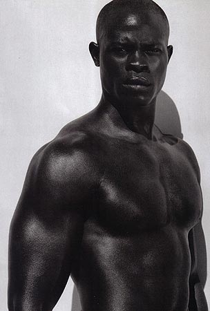 mannequin noir djimon hounsou Blood Diamond